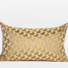 12 Best Printed Throw Pillows Ideas Throw Pillows Pillows Gold Pillows