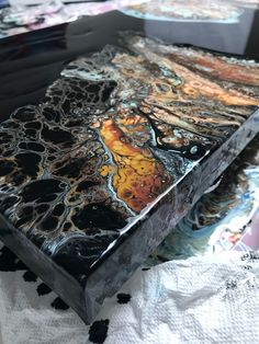 Resin Wall Art, Diy Resin Art, Resin Crafts, Acrylic Pouring Techniques, Acrylic Pouring Art, Acrylic Art, Flow Painting, Pour Painting, Diy Painting
