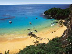 Baía do Sancho, em Fernando de Noronha: a praia mais bonita do Brasil e a quarta mais bonita do mundo, de acordo com ranking do Trip Advisor