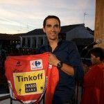 """Pinto recibe con los brazos abiertos a Alberto Contador   """"Por más años que pase, se me sigue poniendo la piel de gallina cada vez que me asomo aquí"""", afirmó Alberto Contador.  #pinto #madrid #pintomadrid #lavozdepinto"""