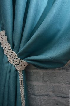 Cute Curtains, Window Drapes, Curtains With Blinds, Curtain Tie Backs Diy, Curtain Ties, Earthship Home, Crochet Skirts, Paper Flowers Diy, Curtain Designs