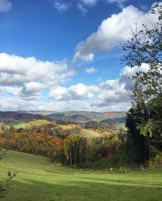 Magic autumn sunday#jeseniky #czechmountains #czechnature #czech_insta #czech_world #autumnlover#natureshot #colorfulnature #ilovethisplace #peacefulplace #instawild #wildnature #octoberphotochallenge #autumnsun #