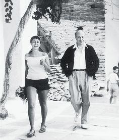 Η Μαρίνα Καραγάτση και ο Οδυσσέας Ελύτης στο Μπατσί της Ανδρου, όπως τους «συνέλαβε» με το φακό του ο Ανδρέας Εμπειρίκος