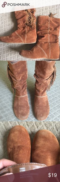 Fringe Mia Boots Very comfortable! Gently worn. Mia Shoes