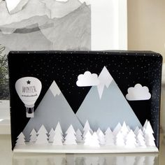 Make light up in back. Create a winter wonderland diorama with this photo tutorial and free printable kit. Easy & lovely for the holidays (in Greek). Winter Crafts For Kids, Art For Kids, Gifts For Kids, Crafts To Do, Paper Crafts, Diy Home Crafts, Handmade Headbands, Handmade Crafts, Handmade Rugs