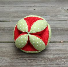 Stuffed Baby's Clutch Ball - Soft Baby Sensory Toy - Baby Puzzle Ball - Montessori Infant Puzzle Ball