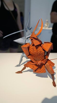 Japanese Folklore, Japanese Art, Origami, Samurai, Mary And Max, Coraline Doll, Sculpture Art, Sculptures, Kubo And The Two Strings
