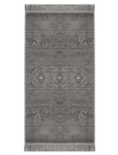 Tolle Handtücher mit Fransen, Reihe für Reihe in sich gemustert, in drei verschiedenen Größen und Farben.