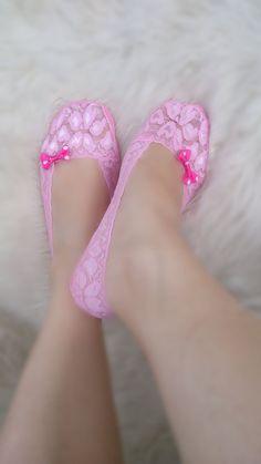 Calcetines de encaje de color rosa arco por AccessoriesByAtlas