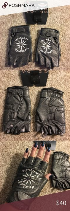 Harley Davidson Fingerless Gloves. New. Leather fingerless gloves by Harley Davidson. These are perfect for protection but still leaves your fingers available for taking texting, taking pictures or fluffing your hair! I love mine! New with tags. Harley-Davidson Accessories