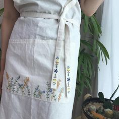 "138 Likes, 25 Comments - Merryday365_embroidery (@merryday365) on Instagram: ""나도 이제 앞치마가 생겼다 바로 오늘부터 사용시작^^ _ _ (도안: 케이블루의 자수라이프)…"""