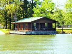 Property in Jacksonville, Crockett, Palestine, Grapeland, Lovelady, Rusk, Kennard, Wells, Texas: Jacksonville, TX Water View Real Estate