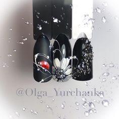 Semi-permanent varnish, false nails, patches: which manicure to choose? - My Nails Fake Gel Nails, Shellac Nails, 3d Nails, Acrylic Nails, Winter Nail Designs, Nail Art Designs, Nail Ink, Sunflower Nail Art, Couture Nails