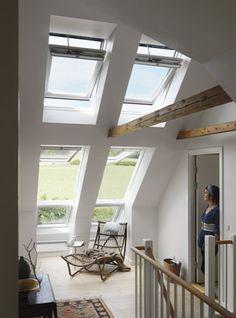 Flur mit Dachfenster-Kombination