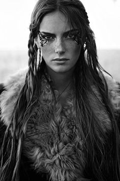 "f Ranger Leather Cloak portrait midlvl Stina Olsson in ""Naturbarn"" for Elle Sweden, November 2014 Photographed by: Eric Josjo Rave Outfit, Celtic Warriors, Female Warriors, Maquillage Halloween, Halloween Makeup, Warrior Princess, Poses, Female Characters, Fictional Characters"