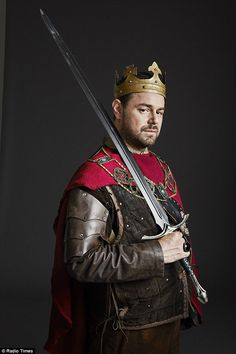 Everyone has probably heard now that actor Danny Dyer, in an episode of Who Do You Think You Are, found out that he is related to both William the Conqueror and Edward III ! Mick Carter, William The Conqueror, Hard Men, Royal Blood, Soap Stars, Bbc One, Have A Laugh, Prince Charming, Beautiful Men