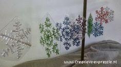Flocons de neige réalisés avec de la peinture 3D DIAM'S