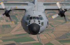 C-130 Hércules, Ala 31, Base Aérea de Zaragoza C 130, C130 Hercules, Aircraft Propeller, Air Force, Fighter Jets, Vehicles, Military Aircraft, Planes, Birds
