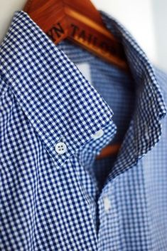Love a good gingham! #Blue #menswear #buttonup