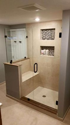 Amazing Small Master Bathroom Shower Remodel Ideas and Design 01 Small Basement Bathroom, Master Bathroom Shower, Tiny House Bathroom, Bathroom Layout, Compact Bathroom, Budget Bathroom, Small Bathrooms, Simple Bathroom, Small Baths