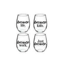 Harry Potter inspired 15 oz wine glass set of 4 The vinyl used is a high performance, self adhesive, calendared vinyl with a glossy finish Harry Potter Wine Glasses, Diy Wine Glasses, Painted Wine Glasses, Shot Glasses, Wine Glass Sayings, Wine Craft, Girlfriend Birthday, Wine Glass Set, Stained Glass Designs