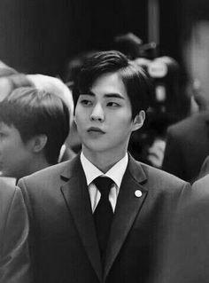 ~ EXO Appreciation Post Series (Kim Minseok) // dang why does he look like hes one of those handsome English employees for the prime minister or sumn Exo Xiumin, Kim Minseok Exo, Exo K, Park Chanyeol, Btob, K Pop, Exo Fanart, Xiuchen, Kim Min Seok