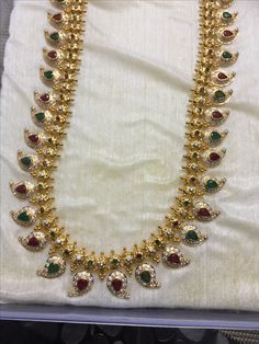 Gold Designs, Gold Earrings Designs, Gold Jewellery Design, Gold Jewelry, Beaded Jewelry, Jewelery, Kerala Jewellery, India Jewelry, Latest Gold Design