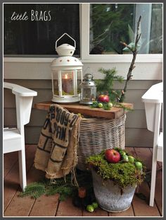 Little Brags: Christmas Decorations on the Back Porch
