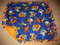 Scooby Doo w/ Orange Popsicle back Fleece Tie Blanket