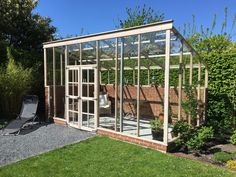 Photo gallery - Alvros Treehouse Even though age-old within concept, the actual pergola is suffering Backyard Greenhouse, Greenhouse Plans, Wooden Greenhouses, Potting Sheds, Diy Shed, Pergola Designs, Glass House, Garden Inspiration, Vegetable Garden