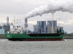 http://koopvaardij.blogspot.nl/2016/10/komend-van-hamburg.html  ARKLOW VALLEY Bouwjaar 2016, imonummer 9772553, grt 2999 Manager Arklow Shipping Nederland B.V., Rotterdam