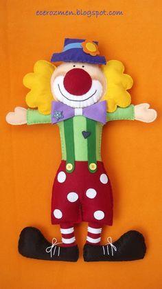çocuk odaları için keçeden palyaço kapı süsü... keçe satın almak içinse www.10marifet.com