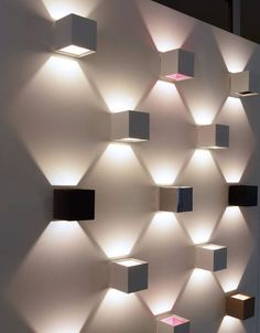 Desire your house wall surface to be more beautiful with ornamental lights, see this picture, wish you will certainly obtain inspiration lights lamp lighting Interior Lighting, Home Lighting, Lighting Design, Wall Lighting, Ceiling Design, Wall Design, House Design, Contemporary Wall Lights, Wall Decor