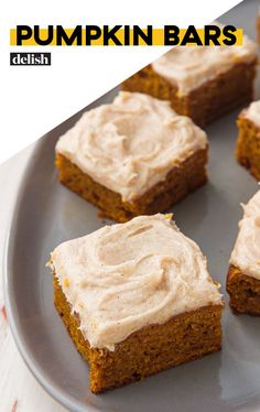 Pumpkin Pie Bars recipe – easy dessert bars made with canned pumpkin pie filling and from-scratch crust and topping, that's made in one bowl. The cinnamon crumb topping is irresistible! The Cream, Gourmet Recipes, Baking Recipes, Dessert Recipes, Easy Pumpkin Bars, Pumpkin Bread, Easy Dessert Bars, Canned Pumpkin Recipes, Holiday Desserts