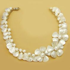 pretty Mother of Pearl necklace Mother Of Pearl Necklace, Mother Pearl, Bling Jewelry, Pearl Jewelry, Filipiniana Dress, Keshi Pearls, Pendants, Style Inspiration, Beads