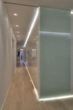 APARTMENT IN P.FALIRO Corridor  Lighting Corridor Lighting, Corridor Ideas, Architecture Design, Bathtub, House Design, Home, Decor, Standing Bath, Architecture Layout