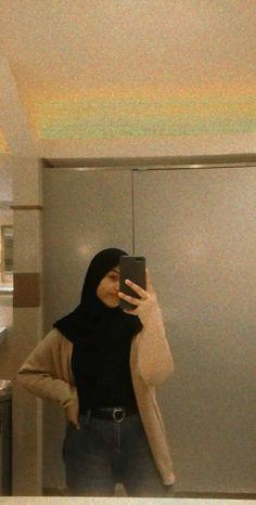 Islamic Fashion, Muslim Fashion, Hijab Fashion, Ootd Hijab, Hijab Chic, Hijab Collection, Street Wear, Islamic Clothing, Streetwear