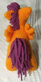 crochet pony Knit One Awe Some: My Little Pony: Friendship is Magic - school-age ponies Quick Crochet Blanket, Crochet Blanket Tutorial, Beginner Crochet Tutorial, Crochet Unicorn Pattern Free, Crochet Amigurumi Free Patterns, Crochet Pony, Crochet Beanie, Loom Knitting Patterns, My Little Pony Friendship