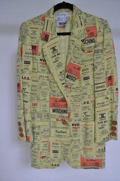 Vintage Moschino newspaper print Blazer Franco Moschino Cheap and Chic by vintagelemonde on Etsy Blazer Fashion, Pop Fashion, Fashion Outfits, High Fashion, Men's Fashion, Gianni Versace, Vintage Outfits, Vintage Fashion, Vintage Clothing