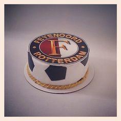 Feyenoord taart voor de jarige Jamal. Van Harte Gefeliciteerd! Captain Hat, Hats, Hat