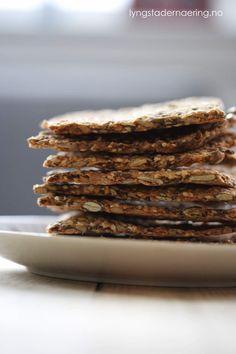 Frøknekkebrød med hirse og quinoa (lavFODMAP) - GODT FOR MAGEN Raw Vegan, Vegan Vegetarian, Brewers Yeast, Nutritional Yeast, Low Fodmap, Corn Starch, Balsamic Vinegar, Natural Flavors, Beets