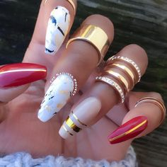Love the color combo...marble nail art design ideas