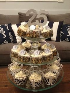 Quarter Century Birthday Cupcakes | DIY bottle cap quarters