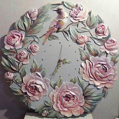 Image gallery – Page 321796335866171905 – Artofit Sculpture Painting, Mural Painting, Mural Art, Wall Sculptures, Wall Art, Decoupage, Cold Porcelain Flowers, Plaster Art, Clock Art