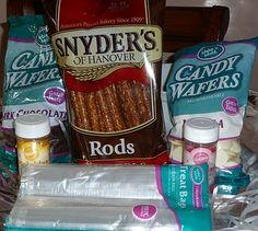 baby shower decorations for boys pretzel rods | iH3ART@blogspot.com: Chocolate Dipped Pretzel Rods www.fabulashousfaces.com