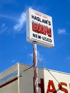 Haslam's Books has been a part of the St. Pete community for years and is one of the best bookstores around!