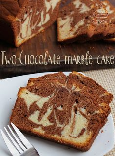 Slightly crisp crust, soft cake and the combined flavours of Belgian white chocolate and dark chocolate swirled into a lightly sweetened loaf.