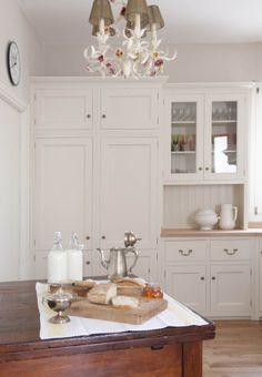 Cucina in stile country inglese Monticello. Boiserie a doghe e ...