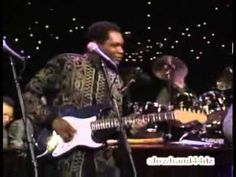Eric Clapton, Stevie Ray Vaughan, Buddy Guy, Jimmie Vaughan, Robert Cray   Sweet Home Chicago   1990   YouTube