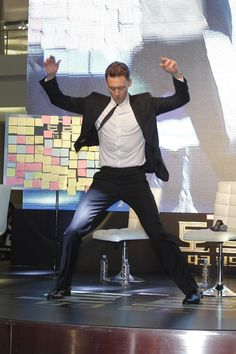 Tom Hiddleston dances during a promotional event for his latest movie 'Thor: The Dark World' in Seoul, South Korea on Oct. 14, 2013 [HQ]